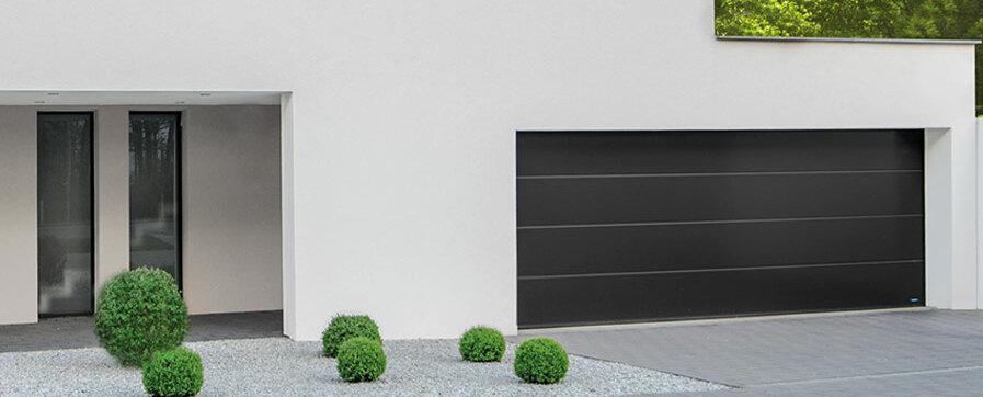 Garagen-Sektionaltor in satin dark grey